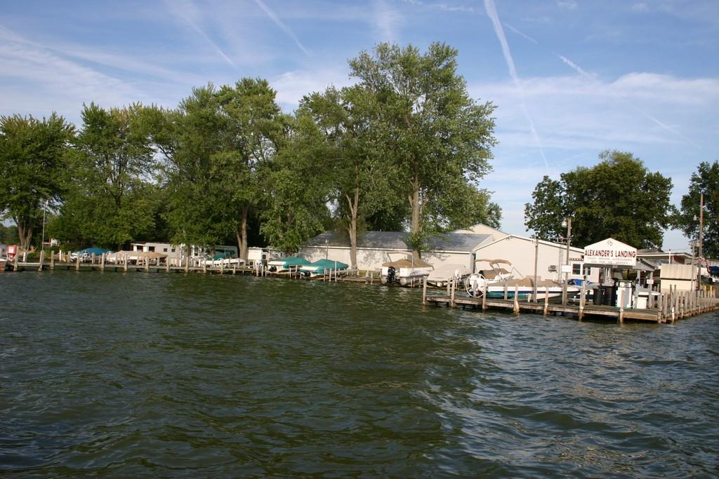 Outside - Front on lake